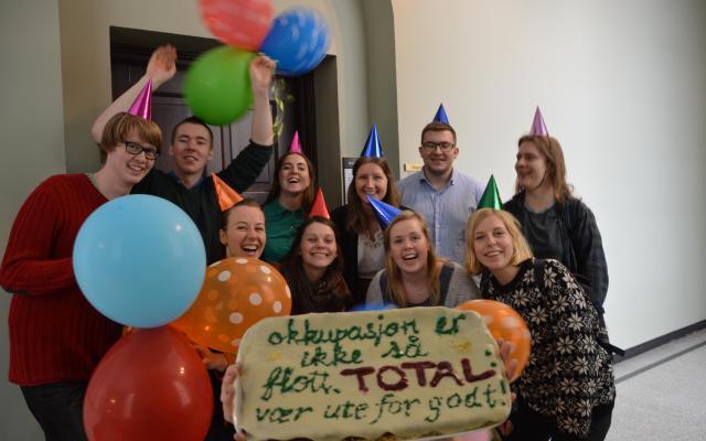 Kakefest når NTNU-sponsor Total trekker seg ut av okkuperte Vest-Sahara