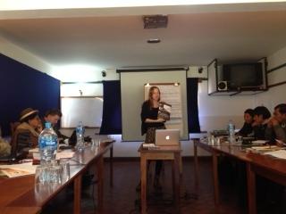 Bolivia SAIH rapport på spansk Eva presenterer
