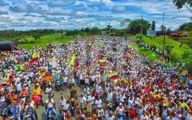 Melder om krise i havneby i Colombia